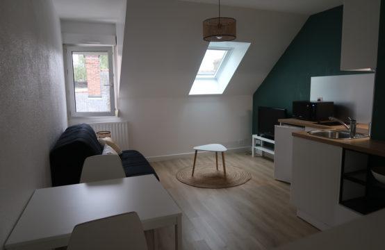 Studio meublé rue de la Crèche